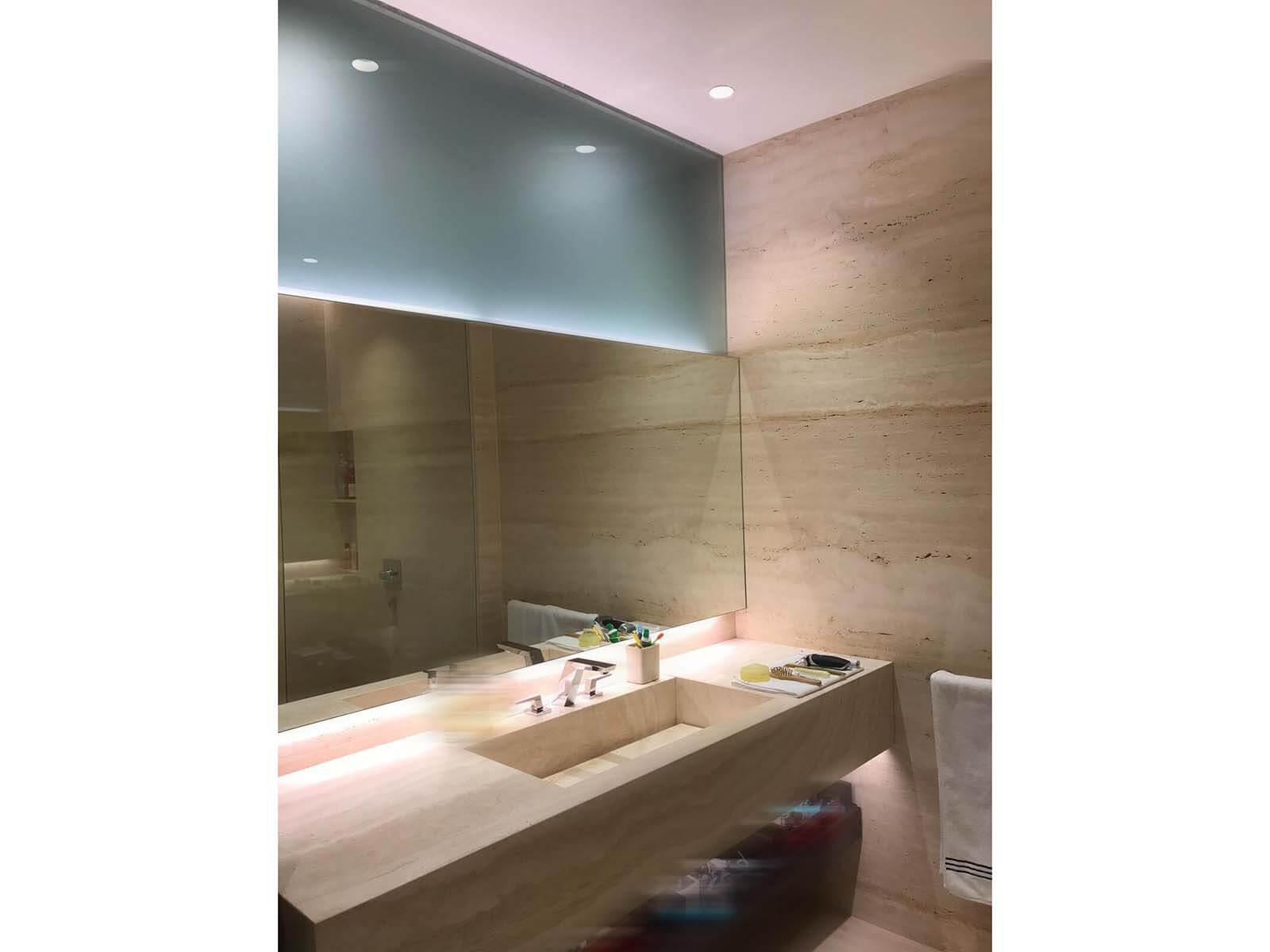 7A Swettenham ham Residential bathroom interior