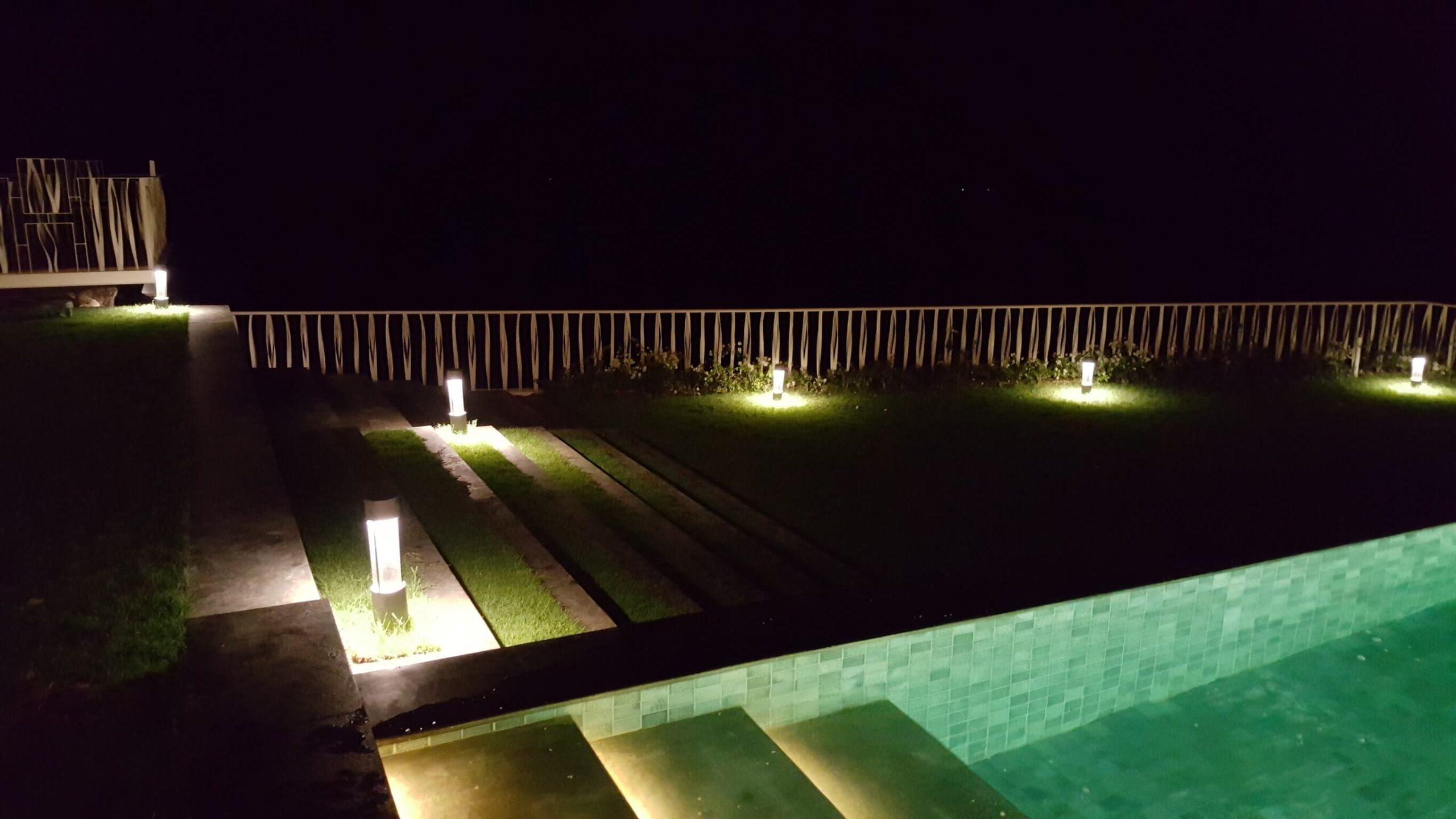 bali vila garden and underwater light