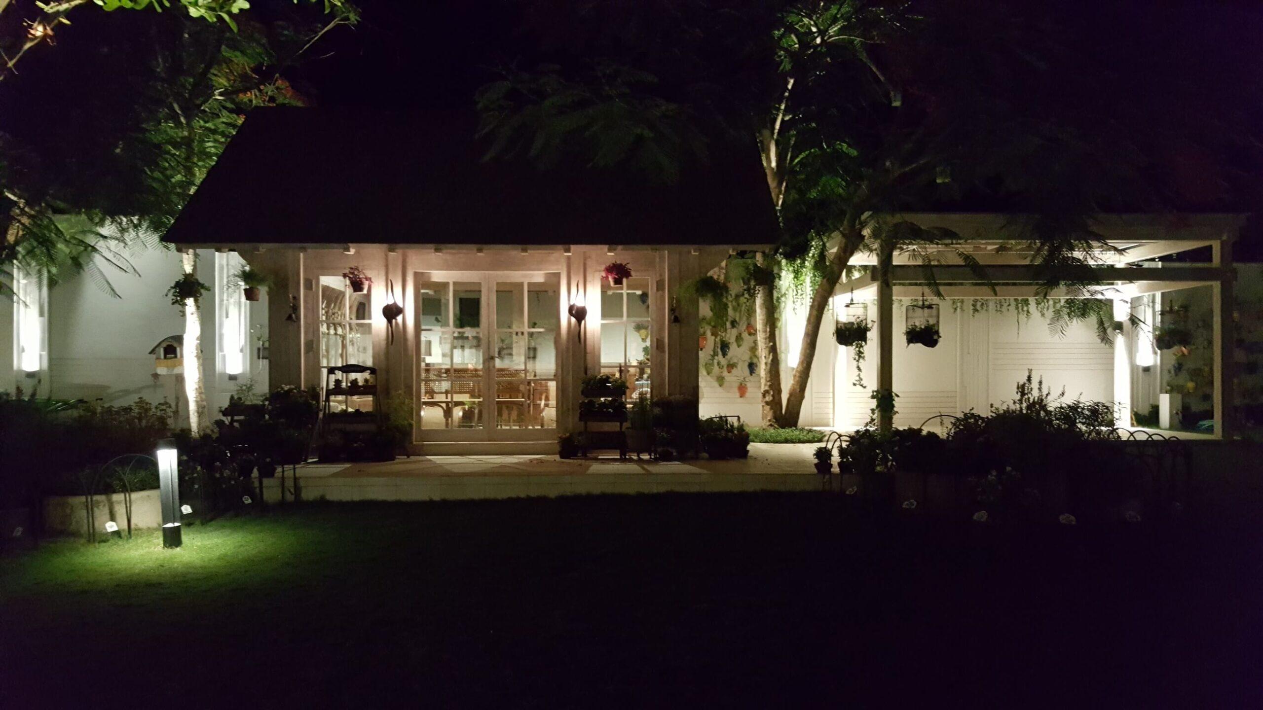bali vila garden lighting 2