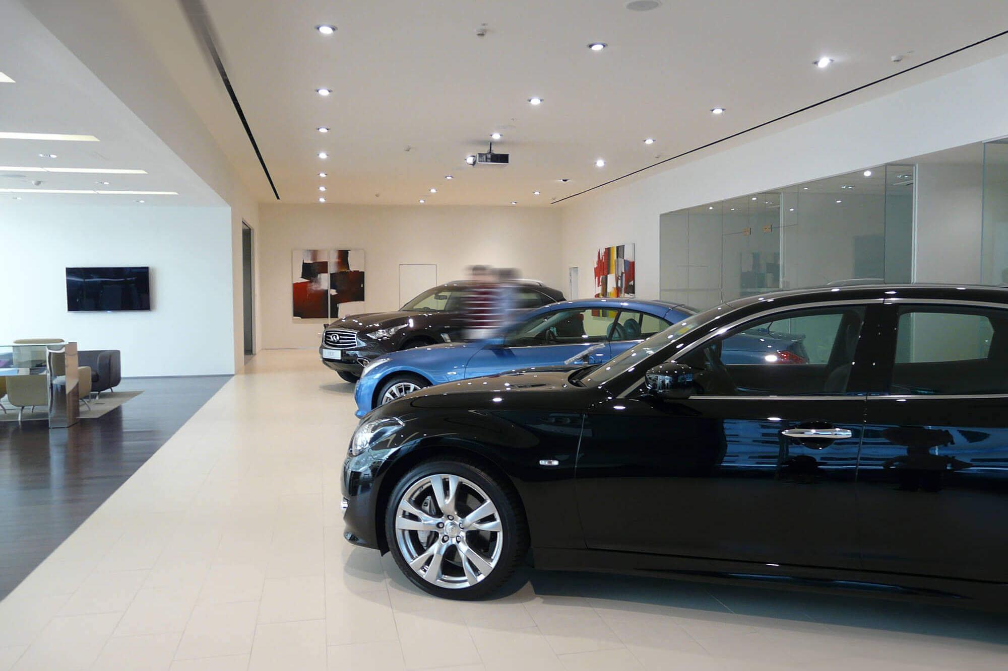 lighting for car showroom